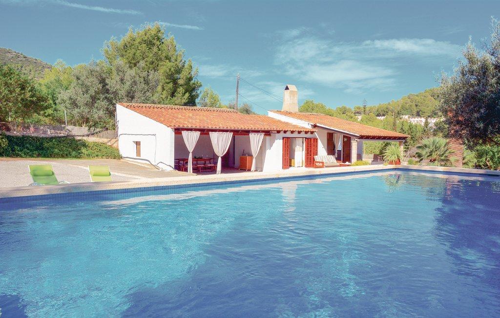 location maison de vacances majorque piscine priv e capdepera. Black Bedroom Furniture Sets. Home Design Ideas