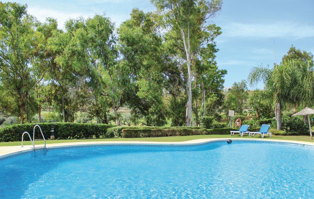 location vacances costa del sol malaga avec piscine benahav s. Black Bedroom Furniture Sets. Home Design Ideas