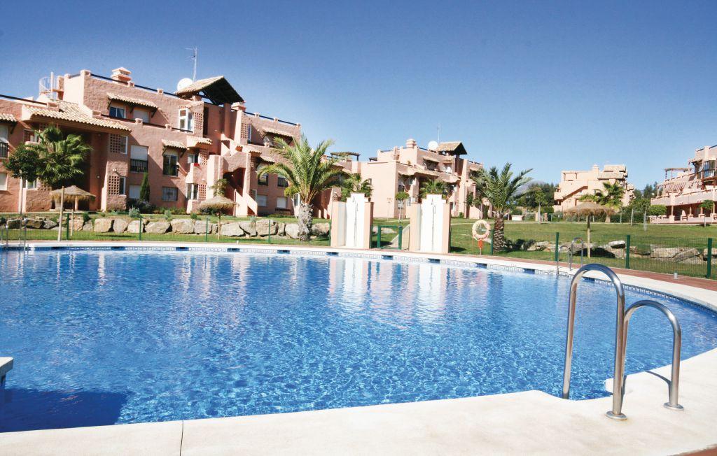 location vacances costa del sol malaga avec piscine casares. Black Bedroom Furniture Sets. Home Design Ideas