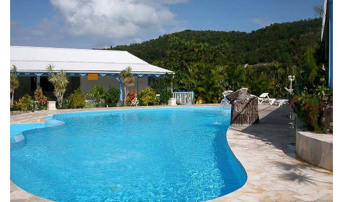 R sidence h teli re location de bungalows pscine for Location residence hoteliere