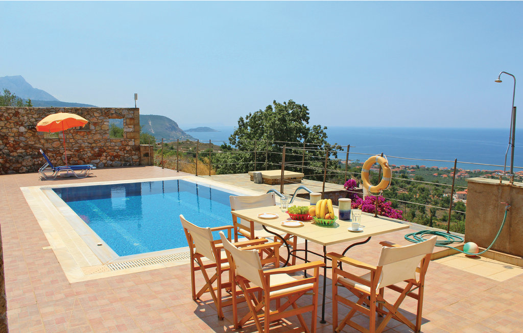 peloponnese aghios nikolaos maison vacances grece peloponnese aghios nikolaos grece. Black Bedroom Furniture Sets. Home Design Ideas