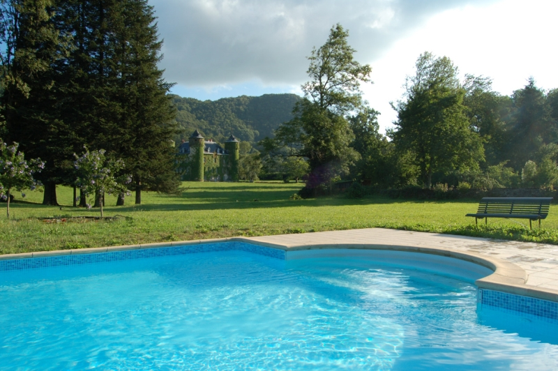 Auvergne aurillac chambres d 39 hotes chambres d 39 hotes for Aurillac piscine