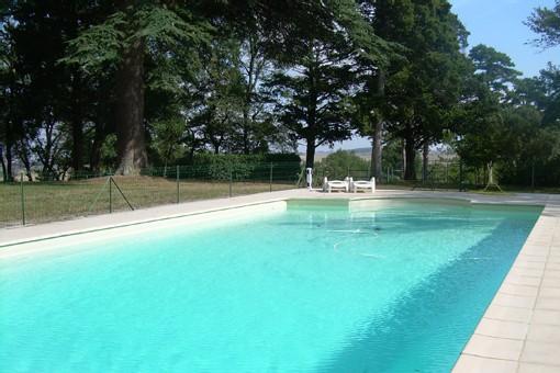 Haute garonne location vacances toulouse chateau haute garonne for Cash piscine haute garonne