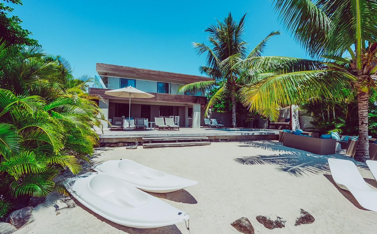 ... Location Villa Ile Maurice Pieds Dans Lu0027eau à Pereybere Près De Grand  ...