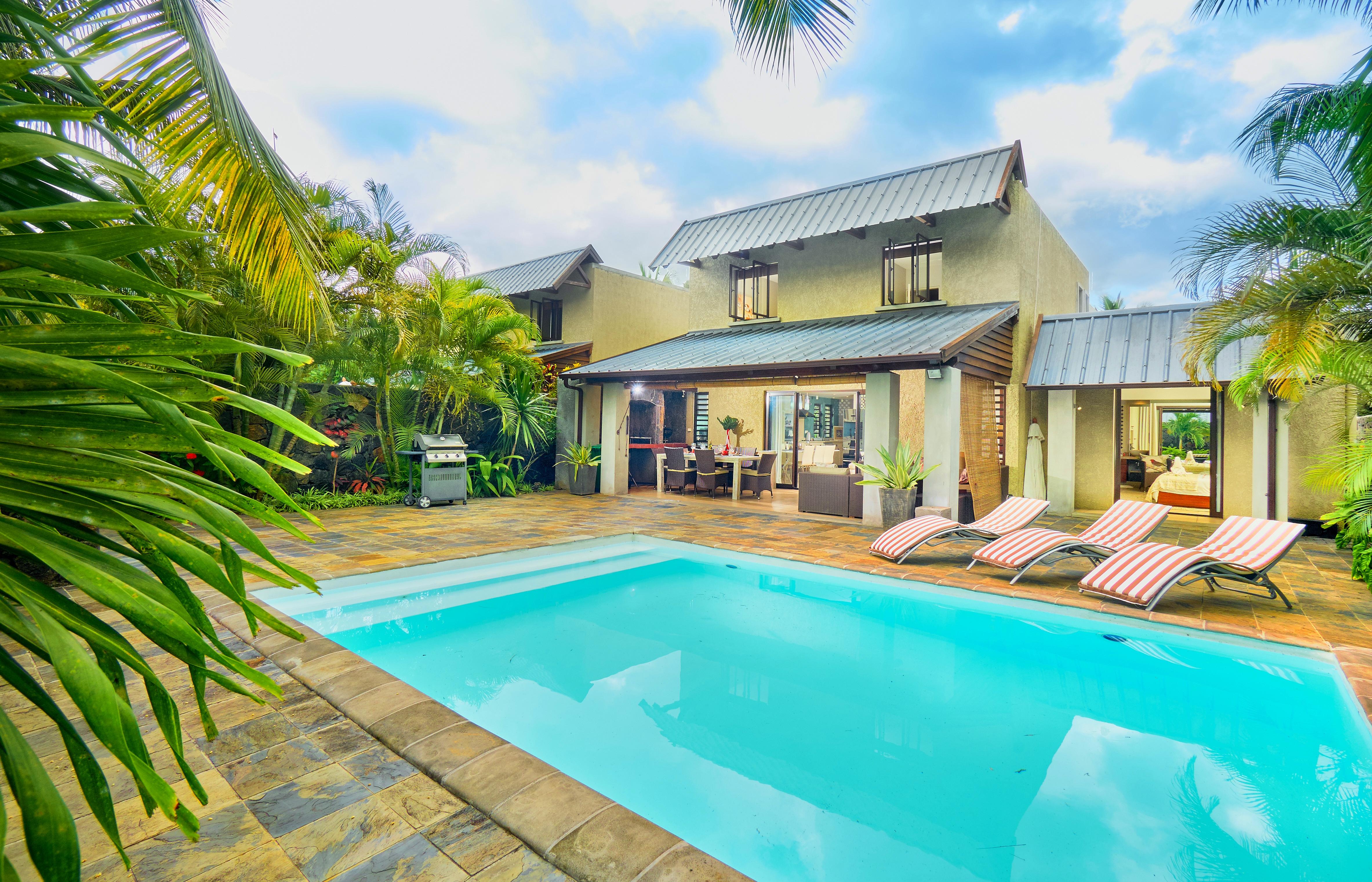 Location Villa Ile Maurice Sur La Plage De Trou Aux Biches Piscine Privée  ...