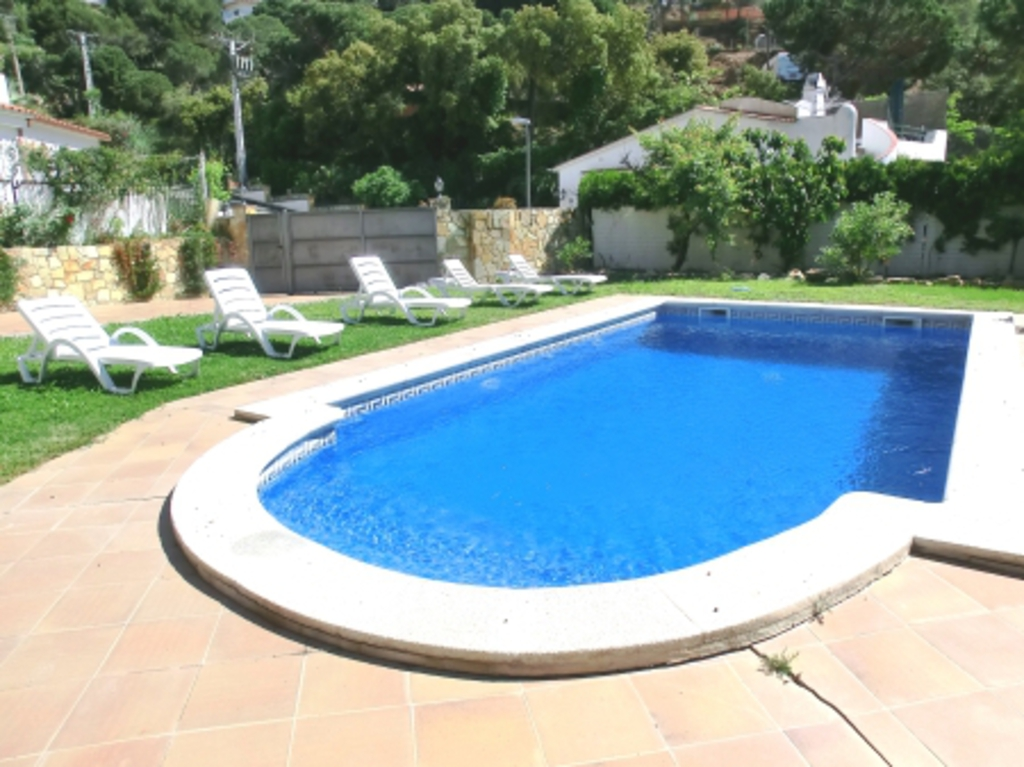 Location villa costa brava lloret de mar for Villa costa brava location avec piscine
