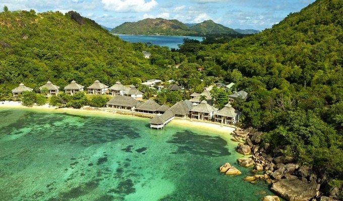 seychelles location vacances villa residence luxe praslin. Black Bedroom Furniture Sets. Home Design Ideas