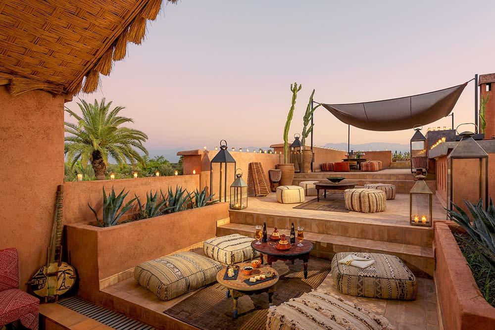 organisation d 39 un mariage dans une villa r ception maroc. Black Bedroom Furniture Sets. Home Design Ideas