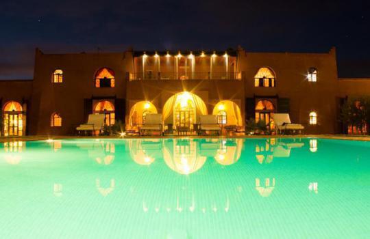 Location riad marrakech en exclusivit avec piscine pour for Riad a marrakech avec piscine