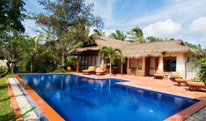 Location bungalow de luxe dans h tel spa en bord de mer piscine - Hotel vietnam bord de mer ...
