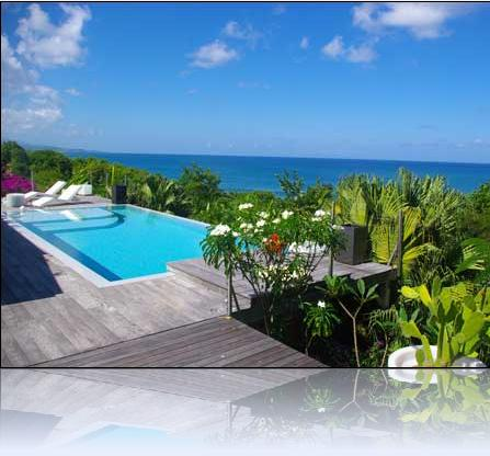 Location de villa de prestige avec piscine tartane for Piscine martinique