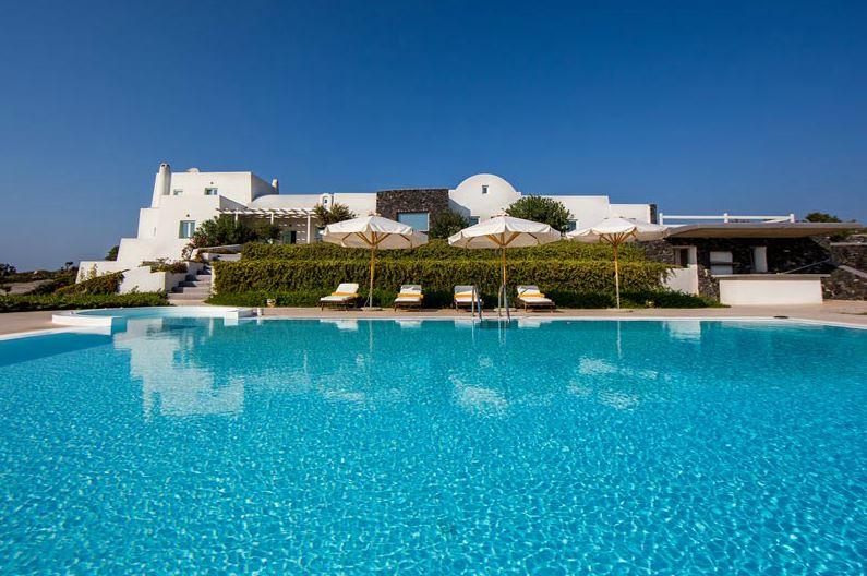 Location Villa Sur Lu0027île De Santorin, Avec Piscine Privée, Jacuzzi Et Une  ...