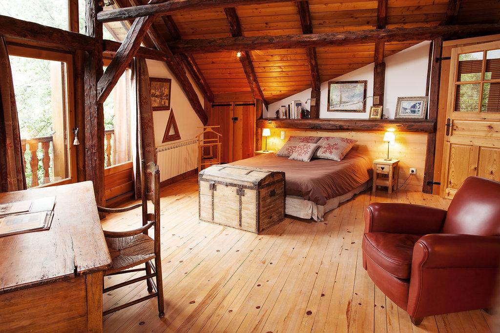 location chalet de luxe serre chevalier hautes alpes avec billard