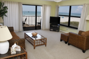 Location condo appartement condo madeira beach floride for Chambre condos madeira beach florida