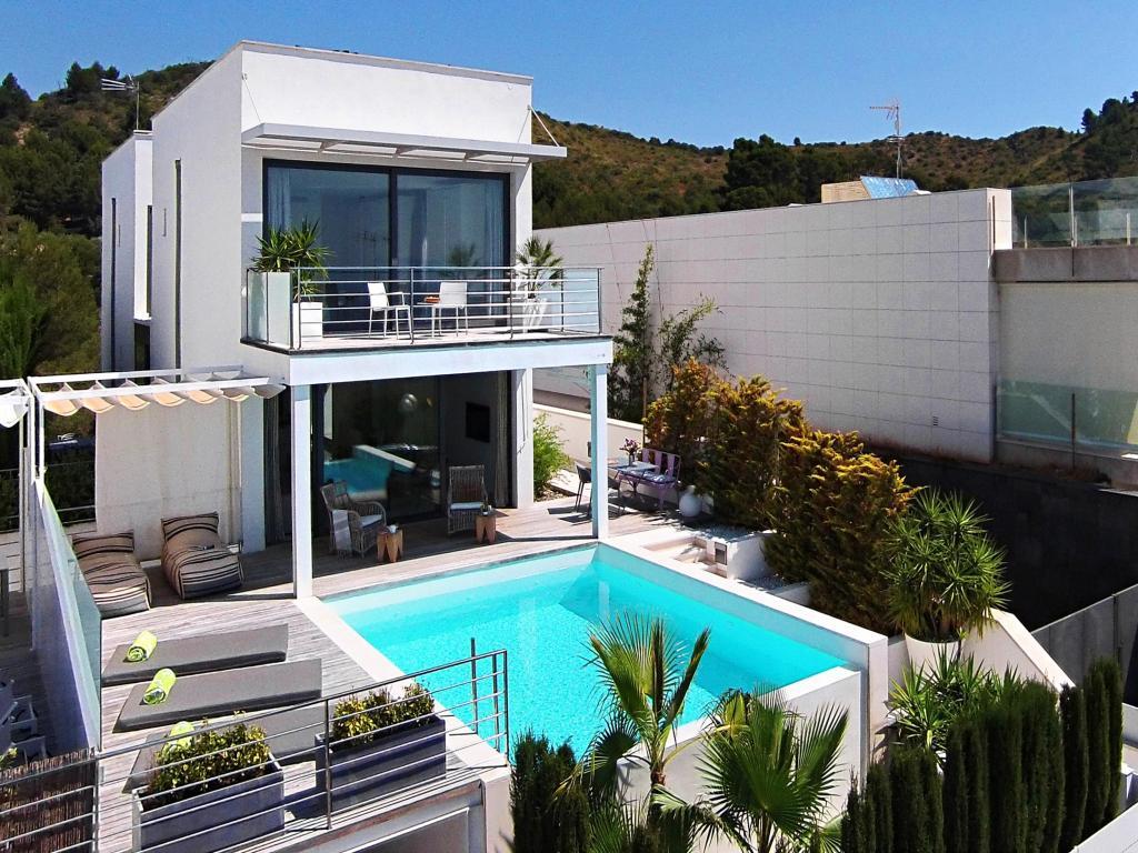 Villa De Milliardaire A Vendre : Location villa majorque piscine privée bord de mer