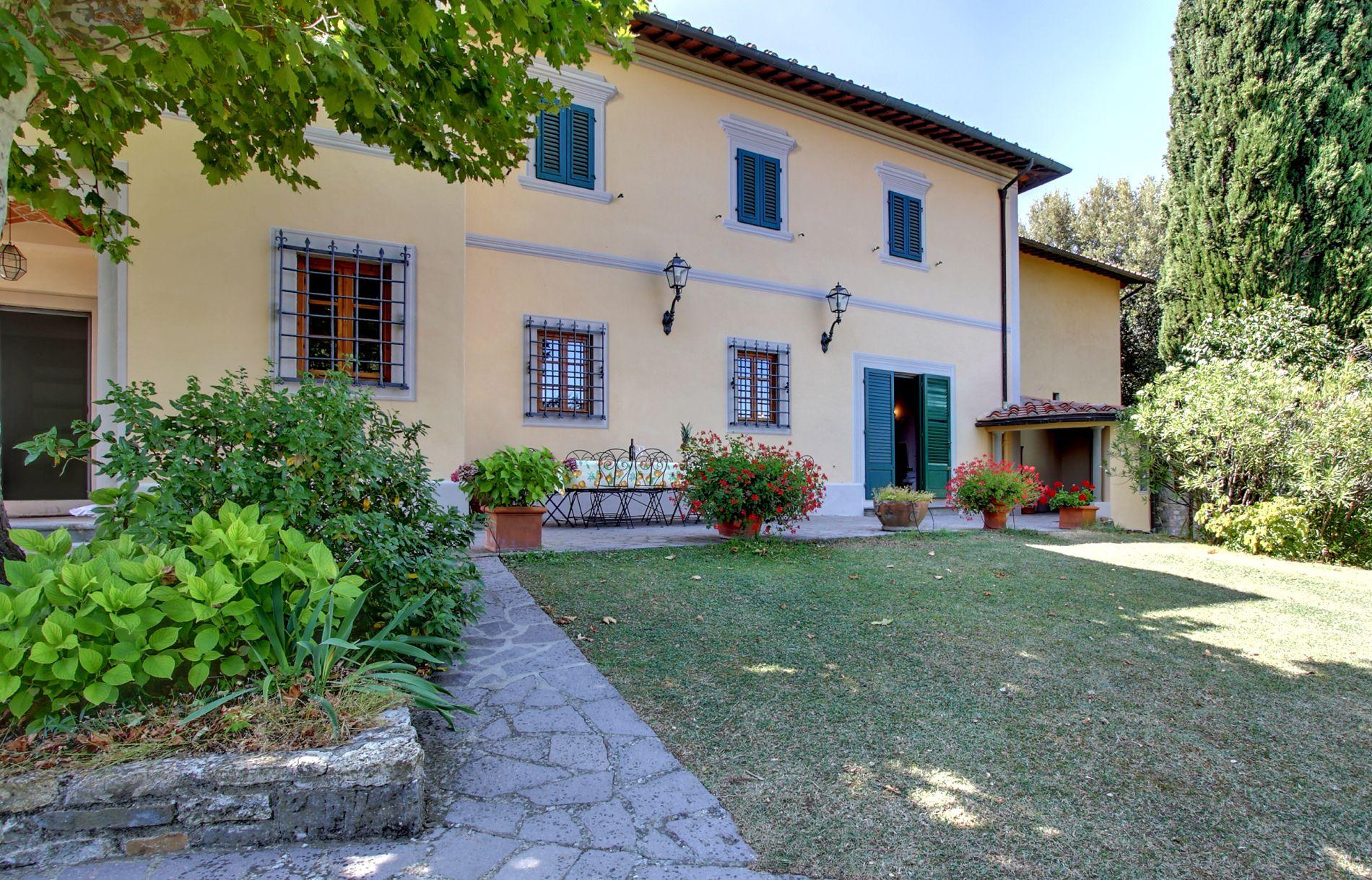 Villa De Luxe Avec Piscine Prive En Toscane  Italie