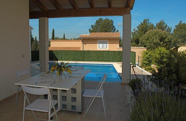 location villa majorque piscine priv e bord de mer alcudia iles bal ares espagne. Black Bedroom Furniture Sets. Home Design Ideas