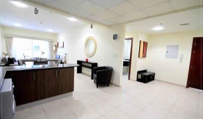 location vacances emirats arabes unis appartement 1 chambre meubl. Black Bedroom Furniture Sets. Home Design Ideas