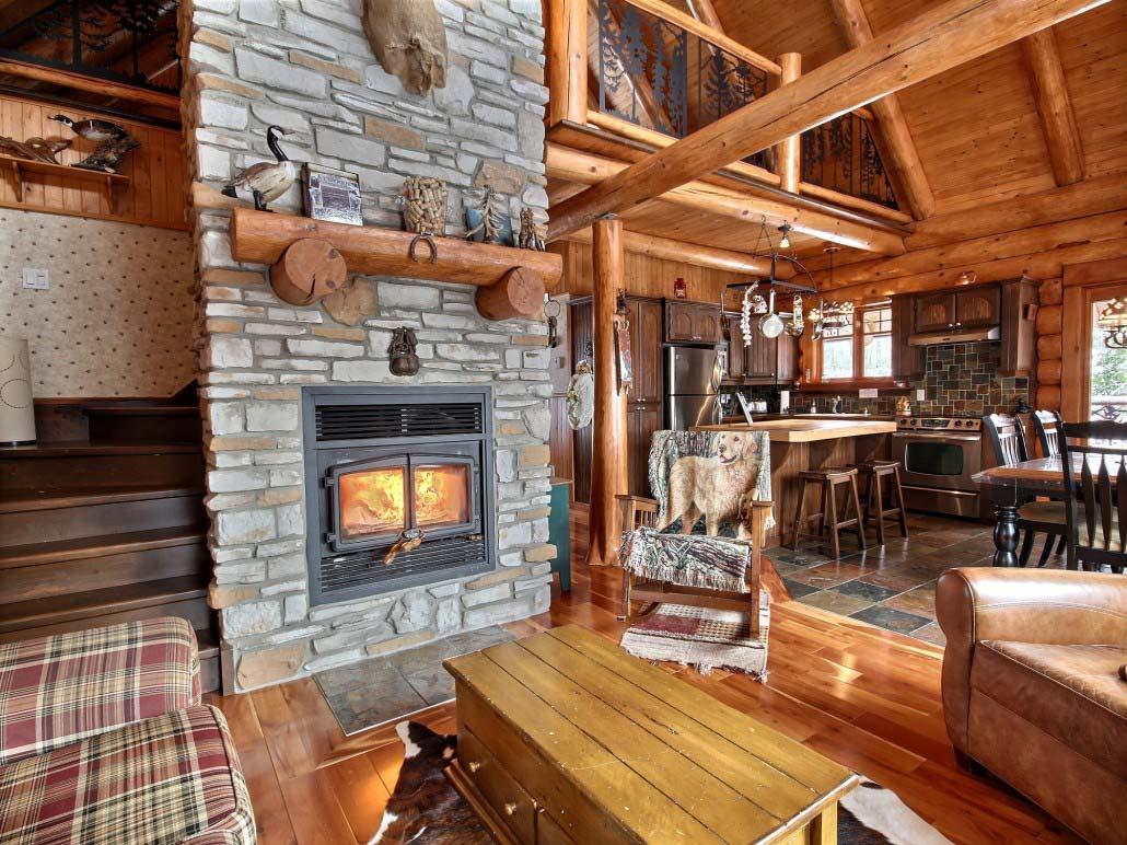 location chalet quebec est proche du lac h ron. Black Bedroom Furniture Sets. Home Design Ideas