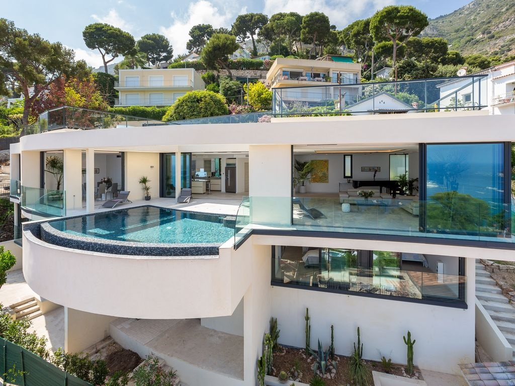 c te d 39 azur location villa de luxe eze avec vue panoramique sur. Black Bedroom Furniture Sets. Home Design Ideas