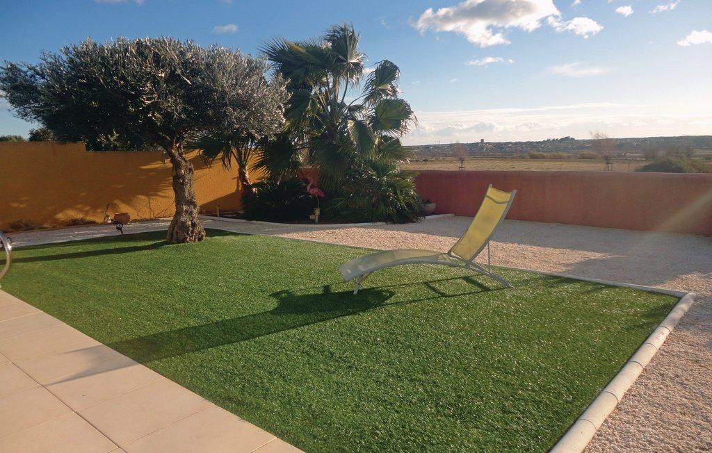 Languedoc roussillon location villa agde avec piscine priv e for Piscine agde tarif