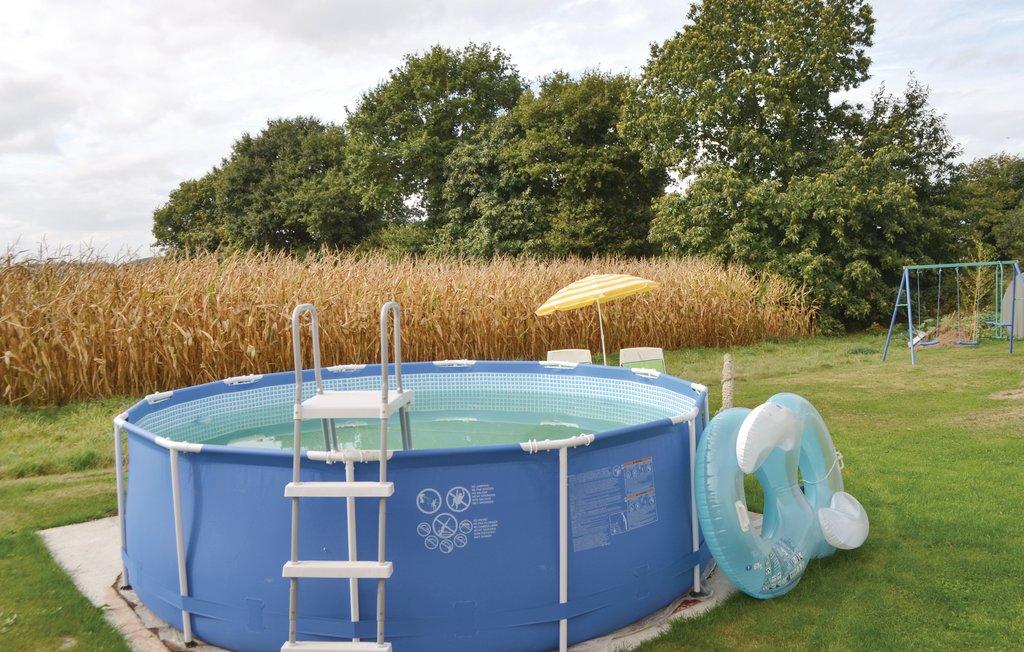 Location maison vacances co tlogon avec piscine et wifi for Location bretagne piscine