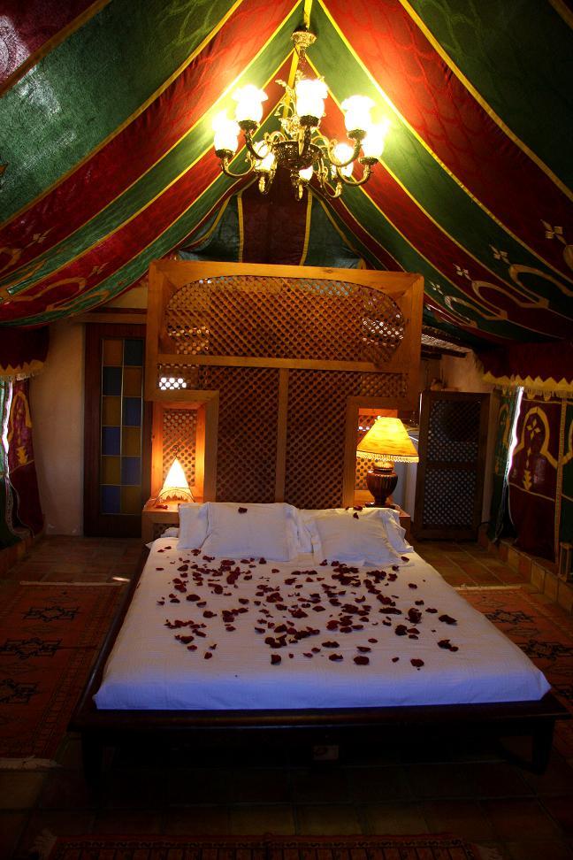 location villa andalousie piscine priv e agua amarga almeria espagne. Black Bedroom Furniture Sets. Home Design Ideas