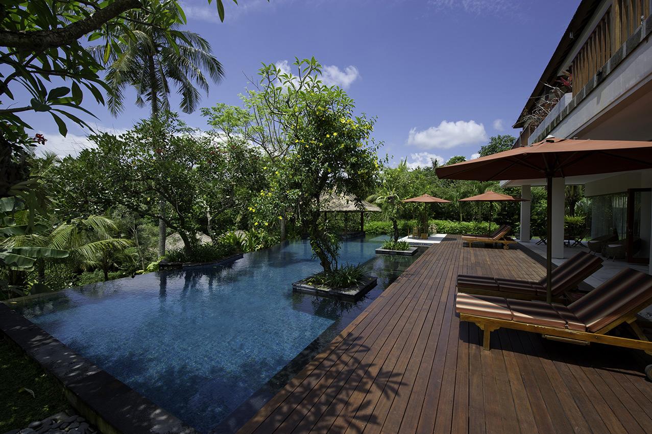 Location Villa De Luxe à Bali Avec Personnel Et Piscine Privée ...
