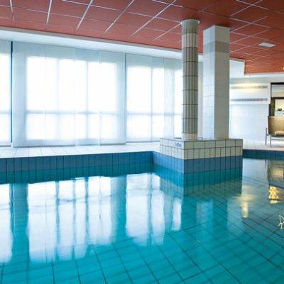 Appart hotel aeroport toulouse blagnac 4 piscine wifi for Appart hotel irlande